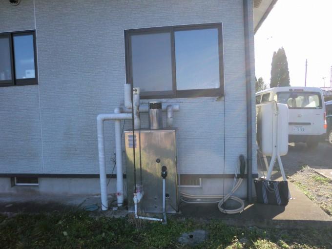 宮城県 給湯器交換工事 施工前