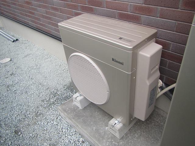 宮城県 ハイブリット給湯器新築現場設置工事 写真